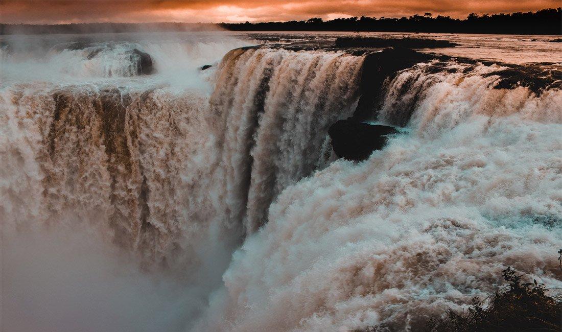 La Garganta Del Diablo alle cascate di Iguazù in tutta la sua bellezza.